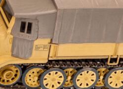 REVELL 03263 Modellbausatz Sd.Kfz. 7 (späte Produktion) 1:72, ab 12 Jahre